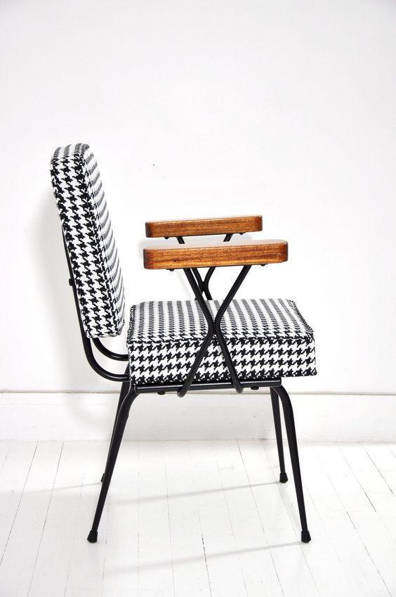 Reupholstering furniture | Reupholstering DIY articles + videos | Girlfriend is Better