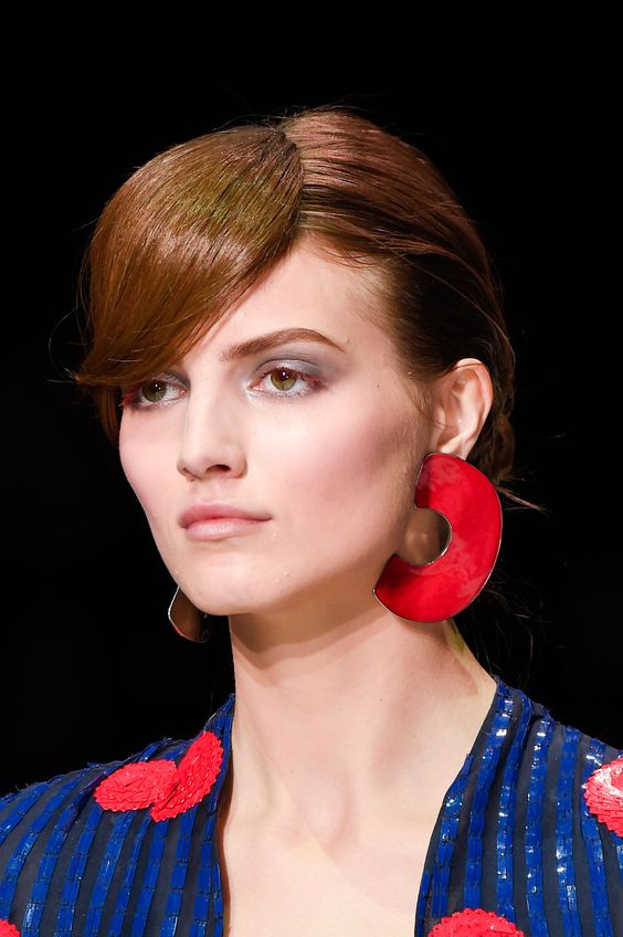 80's style statement earrings | Giorgio Armani at Milan Spring 2016 | Girlfriend is Better