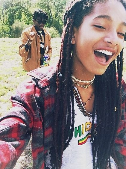 5 cell phone rules for healthy teens   Willow Smith at a park   Girlfriend is Better