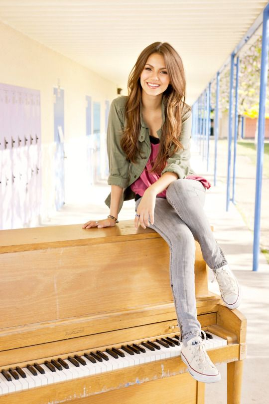 5 cell phone rules for healthy teens   Victoria Justice on an upright piano   Girlfriend is Better