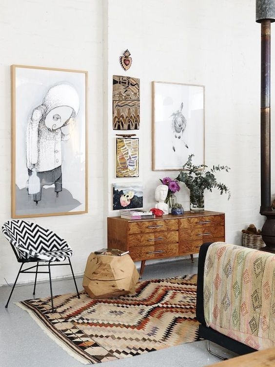 Use natural frames and ethic art for a Bohemian gallery wall | Girlfriend is Better