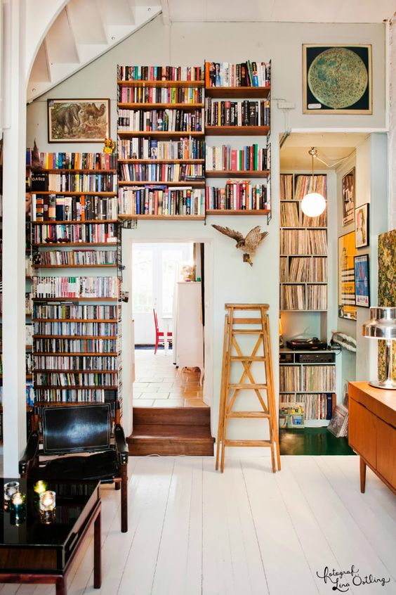 Create a library with books and record players   Girlfriend is Better