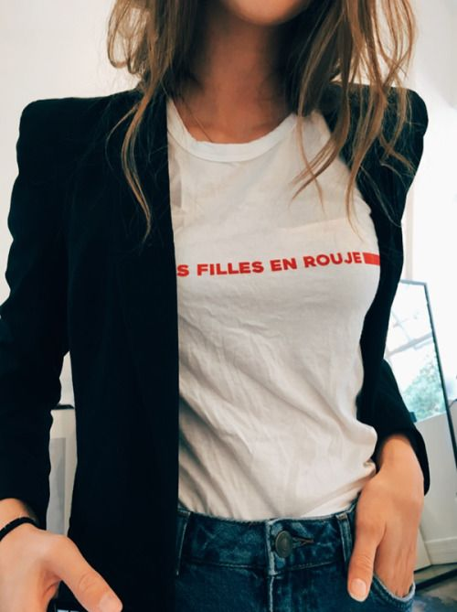 French sayings on graphic tees paired with blazers | Girlfriend is Better