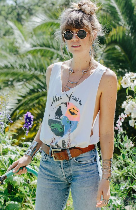 Cut graphic tees and pair with bralettes | Girlfriend is Better