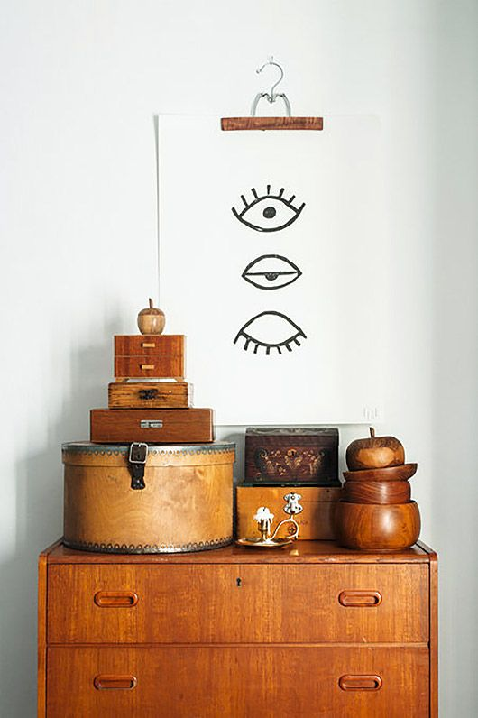 Use items in bamboo or coconut to create natural decor vignettes | Girlfriend is Better