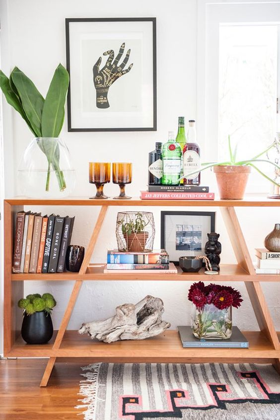Use plants with big leaves and ethnic items for your natural decor | Girlfriend is Better