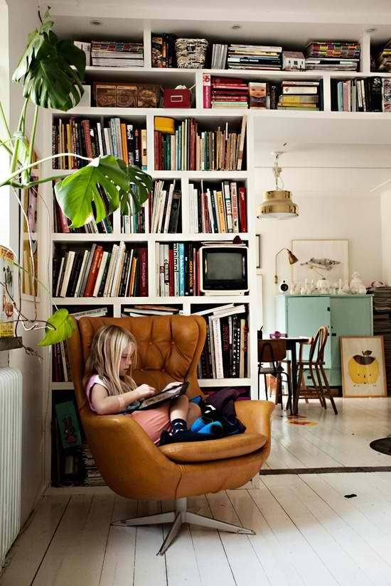 Bohemian reading nook | Girlfriend is Better