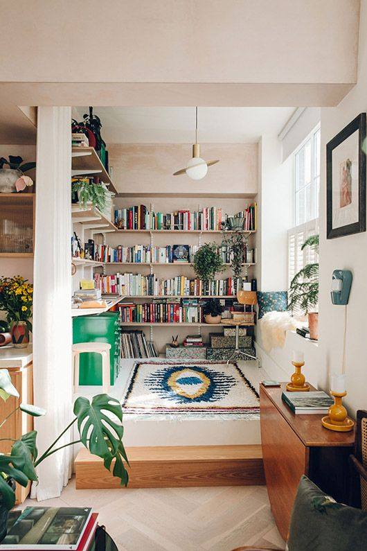 Add a cozy Moroccan rug to your nook | Girlfriend is Better