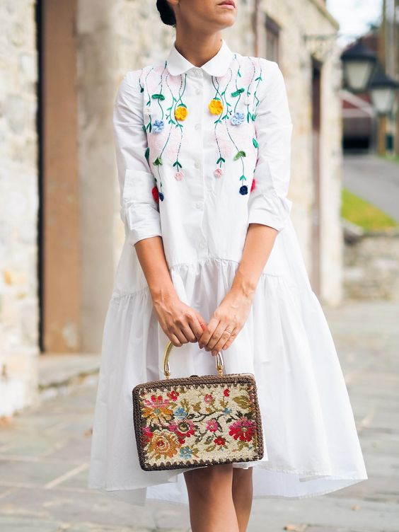 Minimal embroidery Spring dresses   Girlfriend is Better