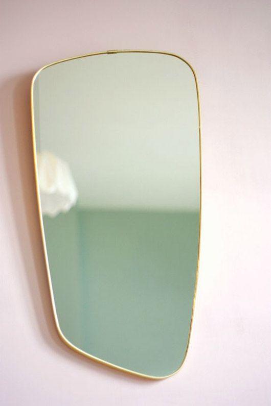 Vintage Italian f.a.33 geometric mirror with brass frame | Girlfriend is Better