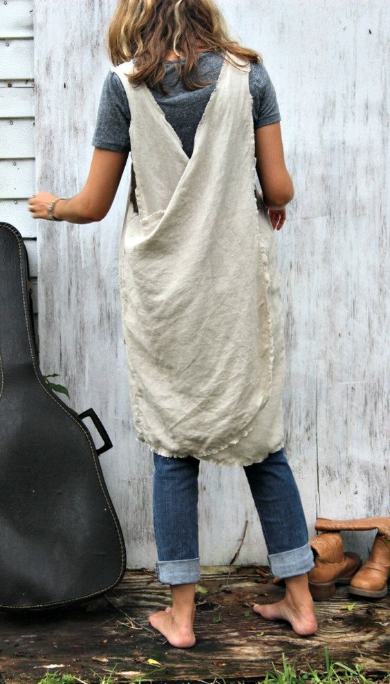 Linen pinafores for working around home | Girlfriend is Better