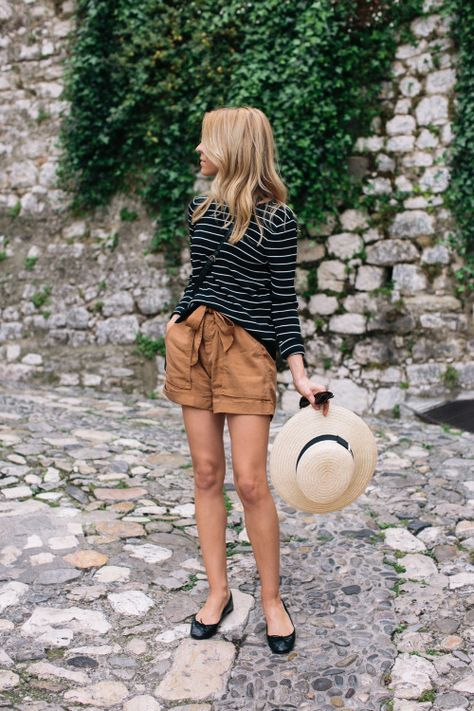 Casual stripes and khaki perfect for travel   Girlfriend is Better