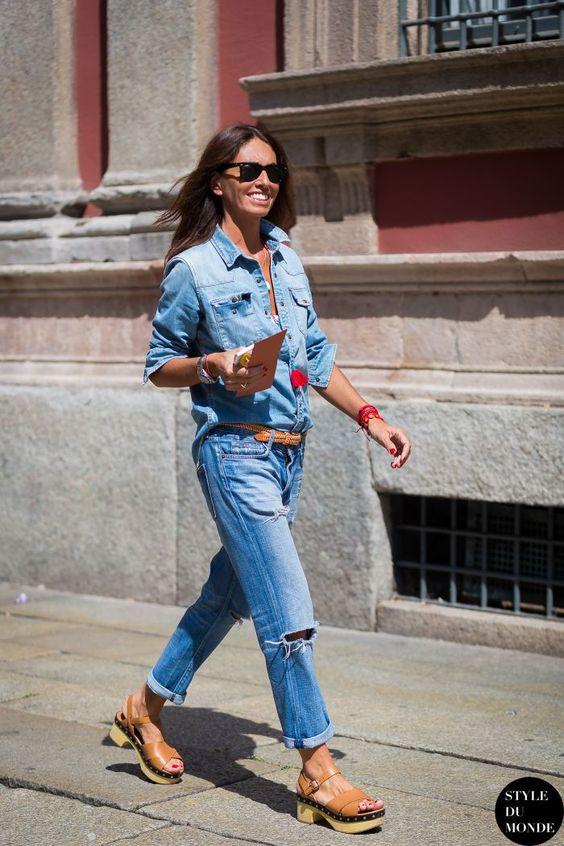 Summer sandals | Clogs with boyfriend jeans and denim shirt | Girlfriend is Better