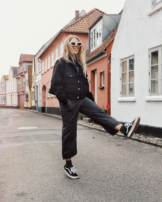 Skate style with black culottes and Vans shoes   Girlfriend is Better
