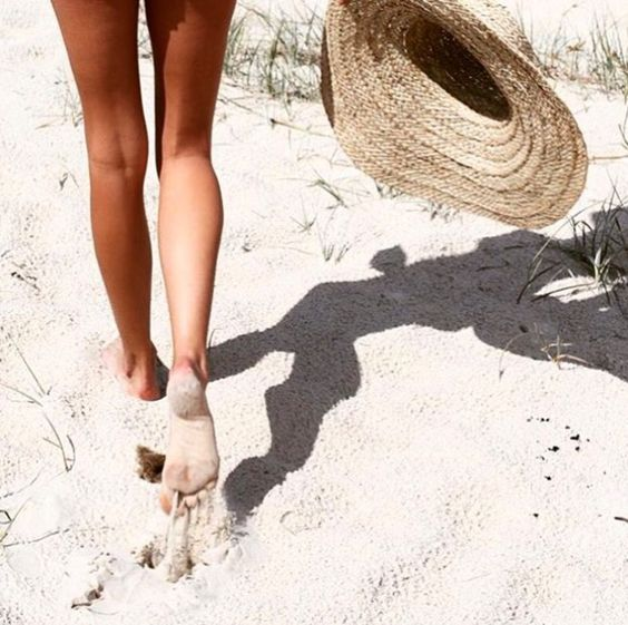 Packable straw hat with wide brim   Girlfriend is Better