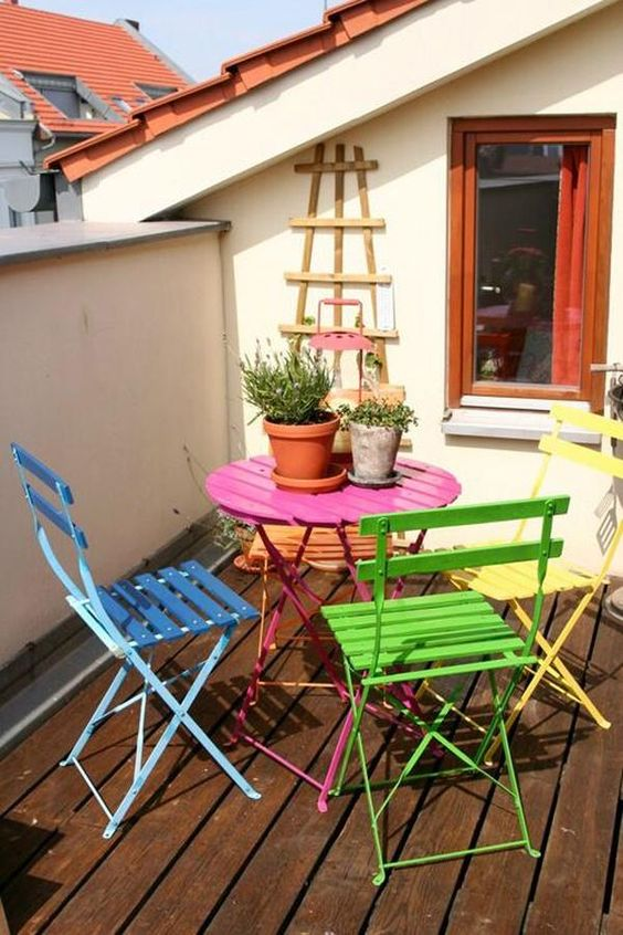 Rainbow dining chairs patio bistro table   Girlfriend is Better