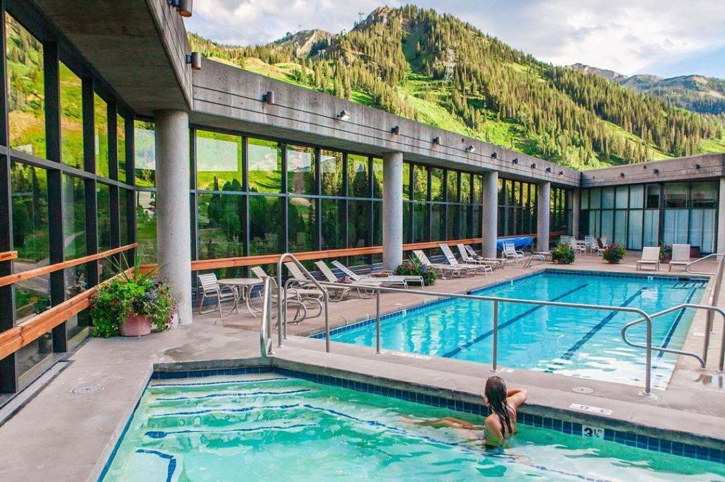The Cliff Spa at Snowbird Utah Oktoberfest hotel | Girlfriend is Better
