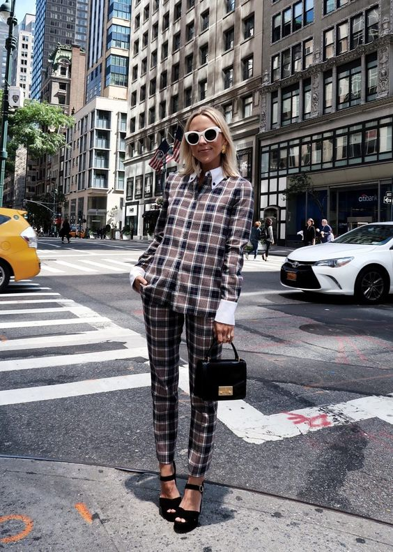 Plaid pant suit perfect for the office | Girlfriend is Better
