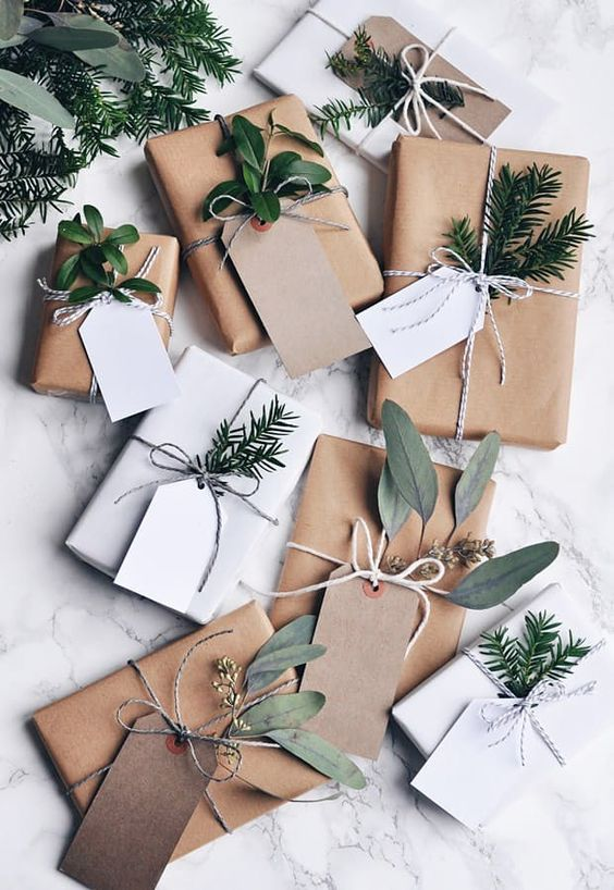 Hygge decor for the holidays guide | Natural gift wrap | Girlfriend is Better