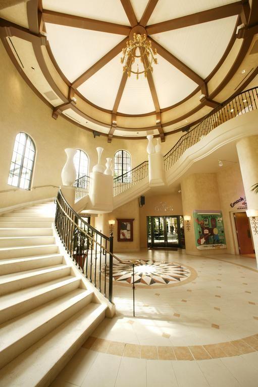 Caribbean cruise vacation tips | Hard Rock Hotel Orlando | Girlfriend is Better