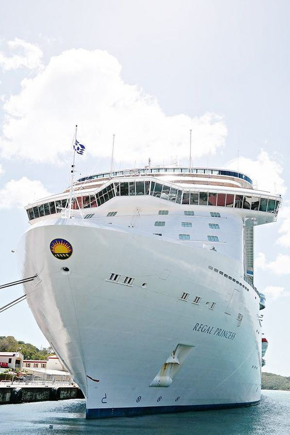 Caribbean cruise travel guide | Regal Princess | Girlfriend is Better