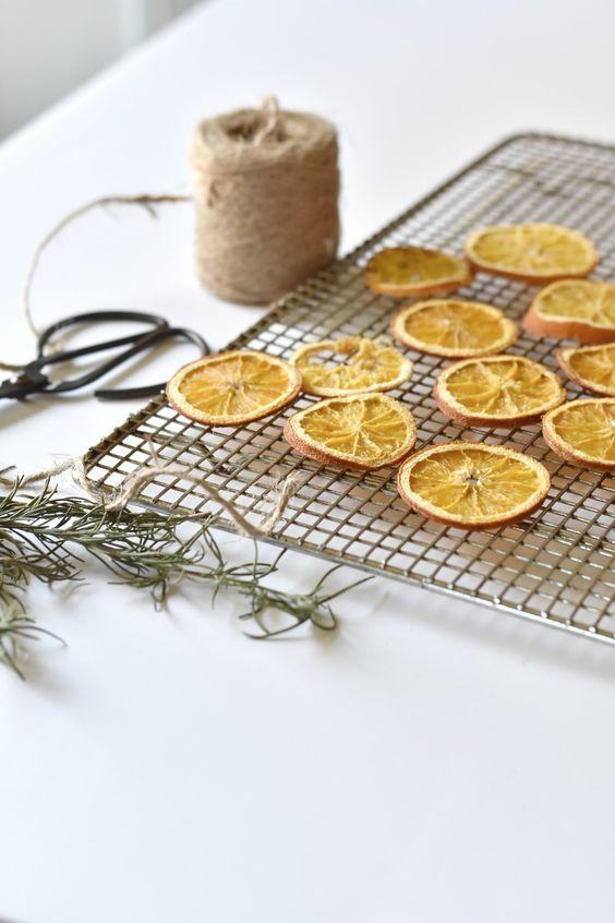 Dried orange garland star pattern | Celestial decor | Girlfriend is Better