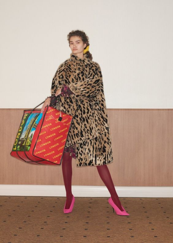 Balenciaga Resort 2018 Spring fashion | Pink and red tights | Leopard coat | Girlfriend is Better
