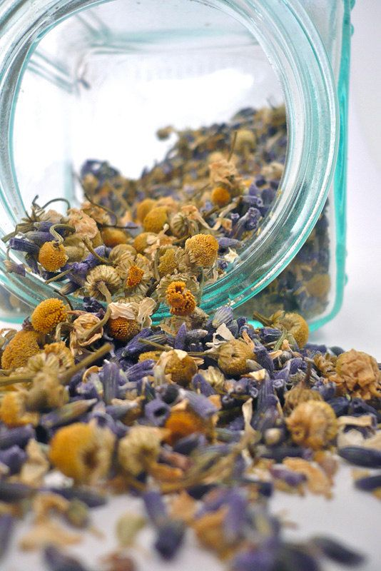 Chamomile and Lavender herbal tea | Health benefits | Girlfriend is Better