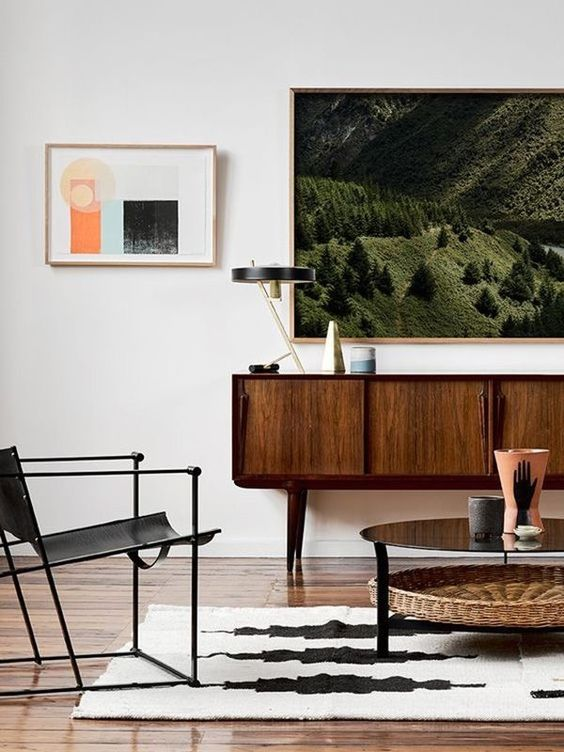 Black and white area rugs mid-century modern living room | Girlfriend is Better