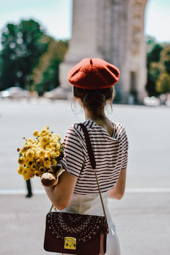 Berets with striped tops and wide-leg pants | Girlfriend is Better
