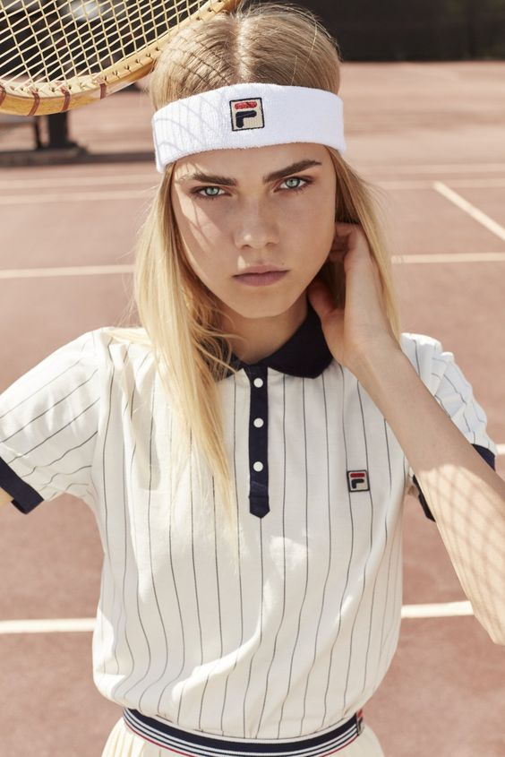 Monochromatic minimal tennis outfit Fila headband polo shirt | Girlfriend is Better