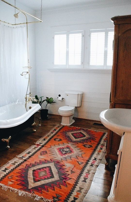 Taurus astrology home decor guide   Bohemian bathroom with Persian rug   Girlfriend is Better
