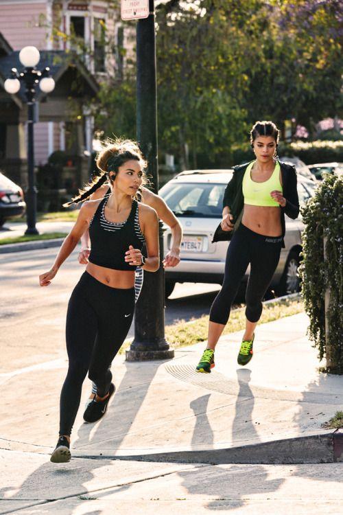 Best sports bras for running support | Girlfriend is Better