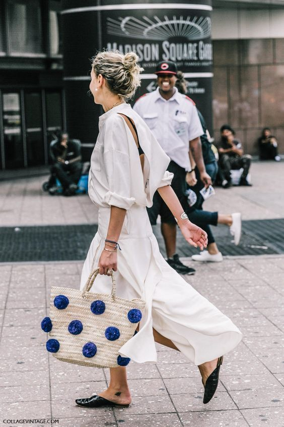 Summer slides | All white minimal outfit straw bag pom poms | Girlfriend is Better