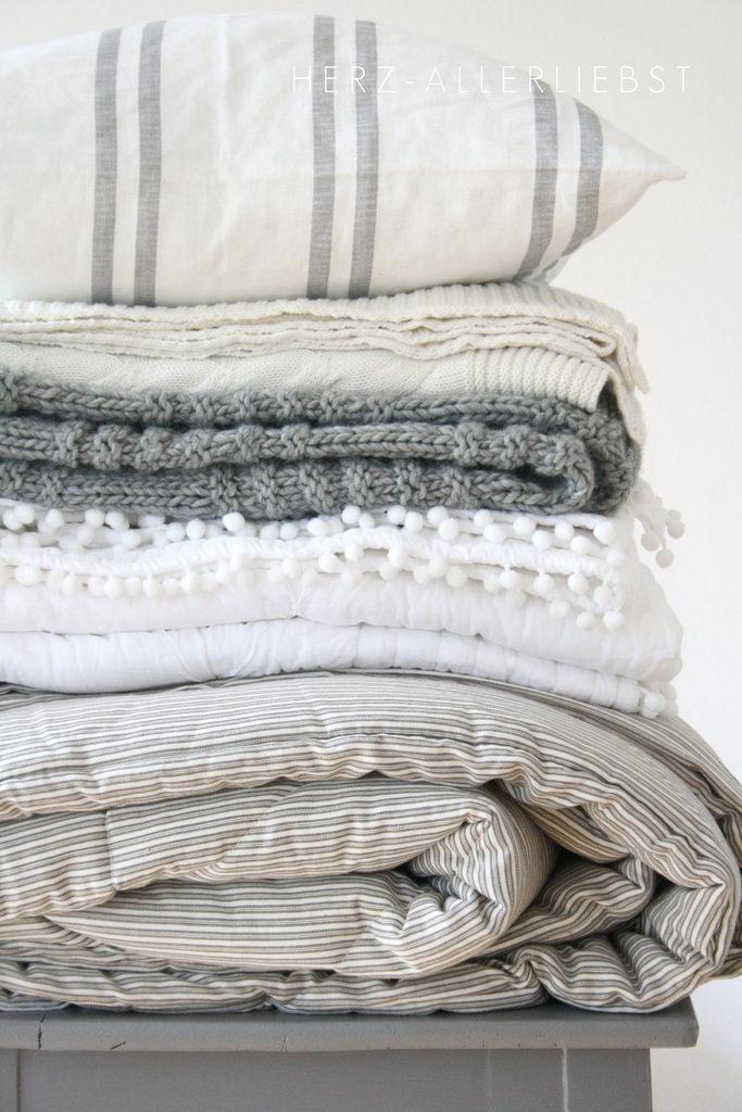 Cotton linen bedding   blankets pillow shams duvet cover   Girlfriend is Better
