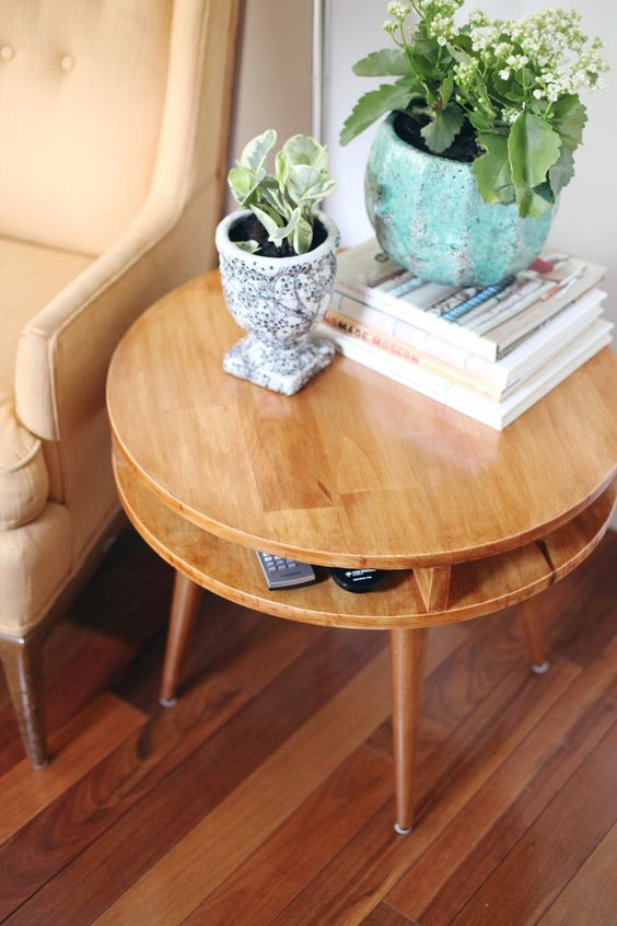 wood element Feng Shui   mid-century modern round end table plants   Girlfriend is Better