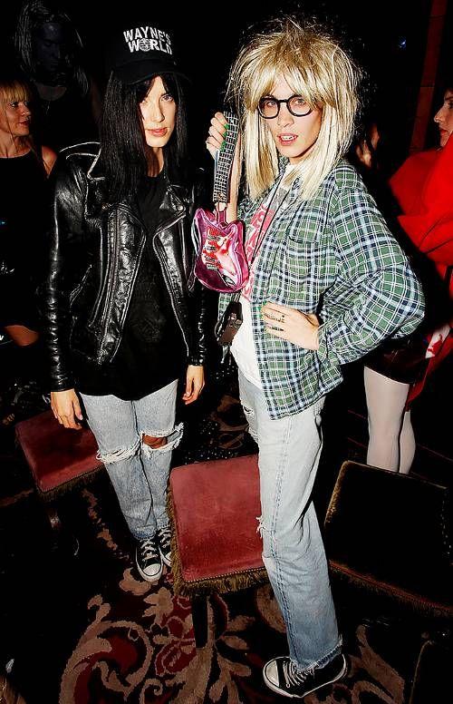 celebrity Halloween costumes   Wayne & Garth Wayne's World   plaid shirt ripped jeans   Girlfriend is Better