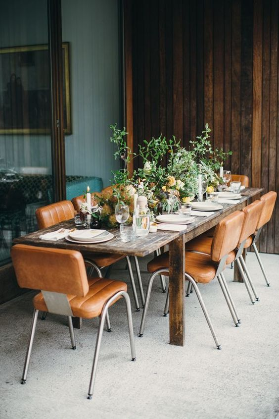 outdoor tablescapes vintage mid-century modern chairs | backyard patio dinner party loggia | Girlfriend is Better