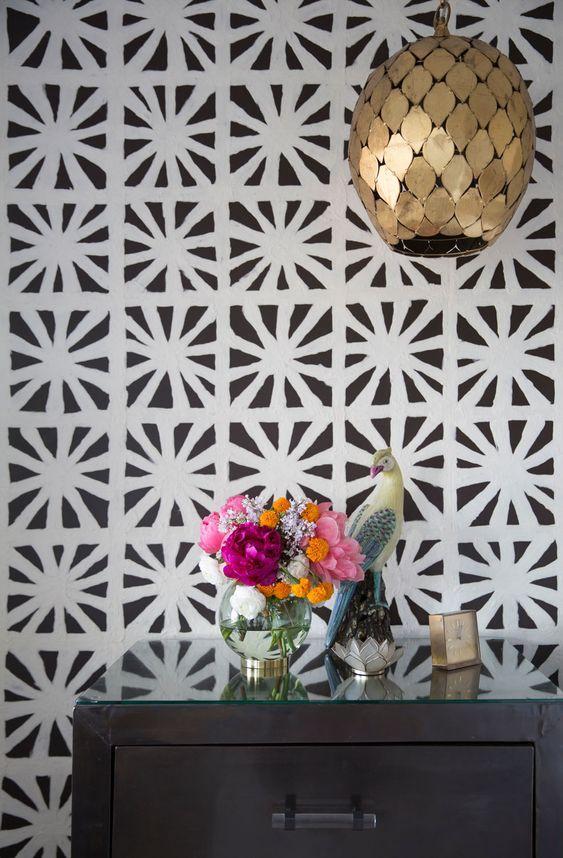 metal element Feng Shui   vintage clock vase bedroom gold leaf pendant lamp   Girlfriend is Better