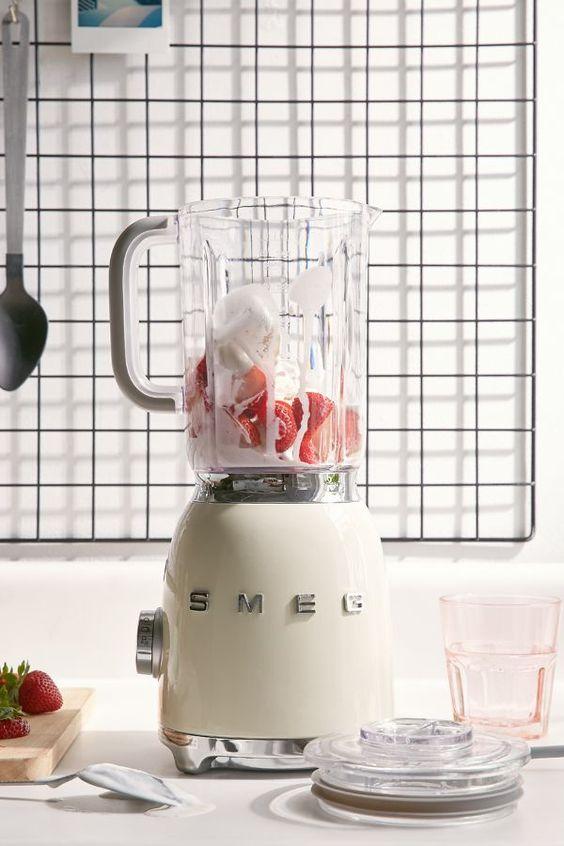 SMEG | Strawberries and cream in white blender | Girlfriend is Better