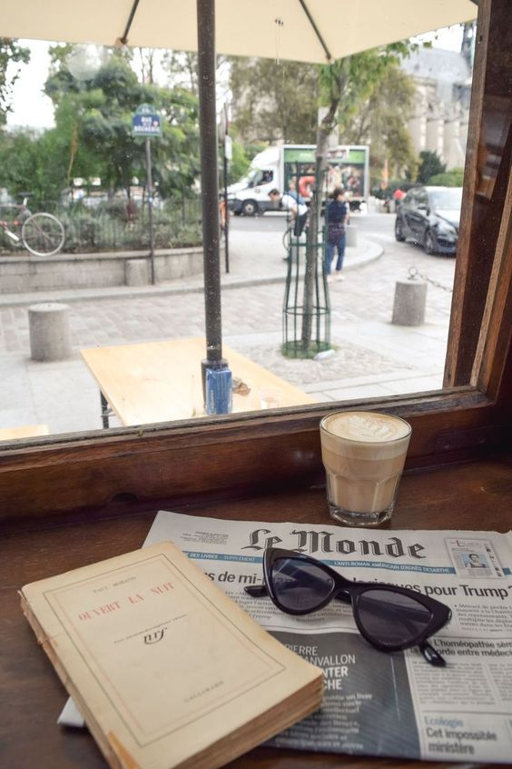 Paris Ground Zero   Shakespeare and Company Cafe coffee book   Girlfriend is Better