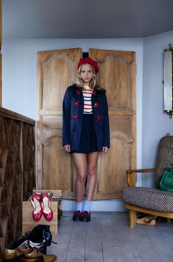 winter accessories | red beret hat French girl cool | Girlfriend is Better