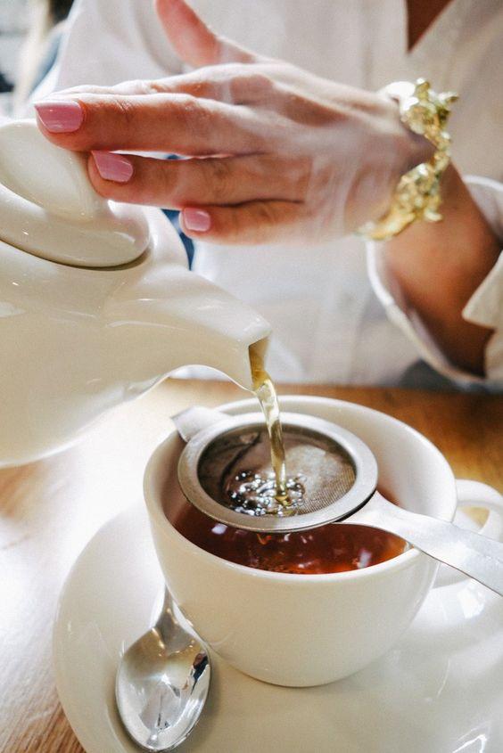 Home Tea Blends   Pouring pot   Girlfriend is Better