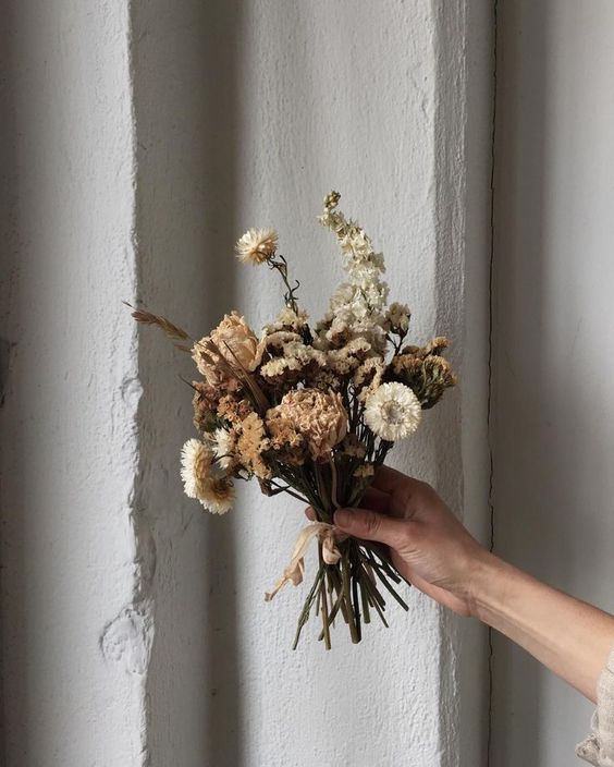 Preserved Bouquets   Hand dried flowers   Girlfriend is Better