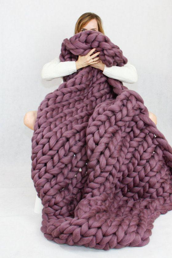 DIY knit blanket | chunky purple merino wool | Girlfriend is Better