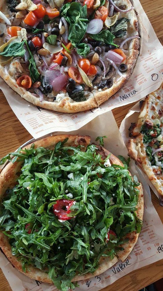 San Clemente | Blaze Pizza custom vegetarian onions spinach tomatoes thin crust | Girlfriend is Better
