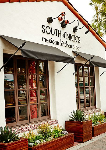 San Clemente | South of Nick's Mexican kitchen bar restaurant Del Mar | Girlfriend is Better