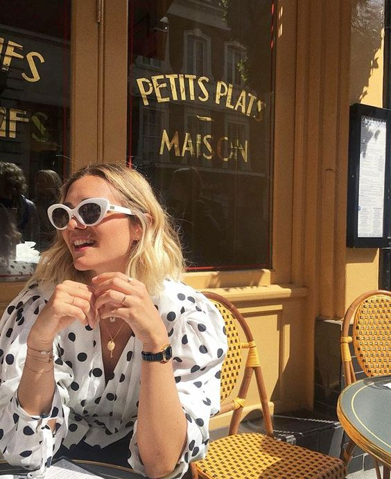 small meals | puff sleeves polka dots French cafe| Girlfriend is Better
