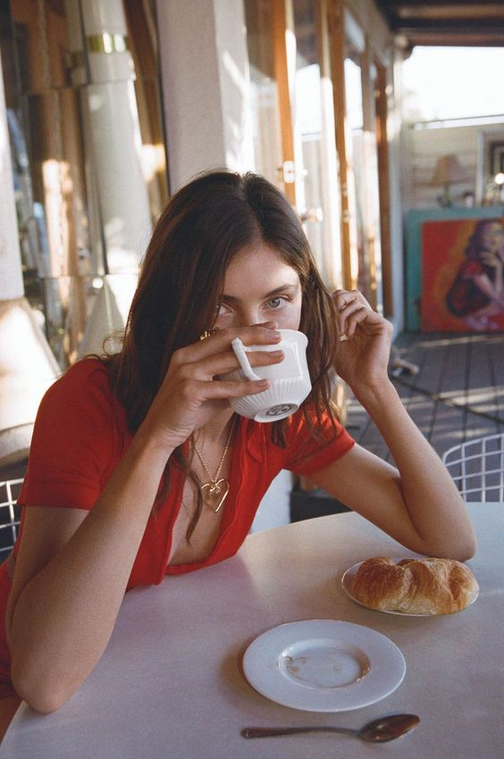 small meals | French girl cool cafe coffee | Girlfriend is Better