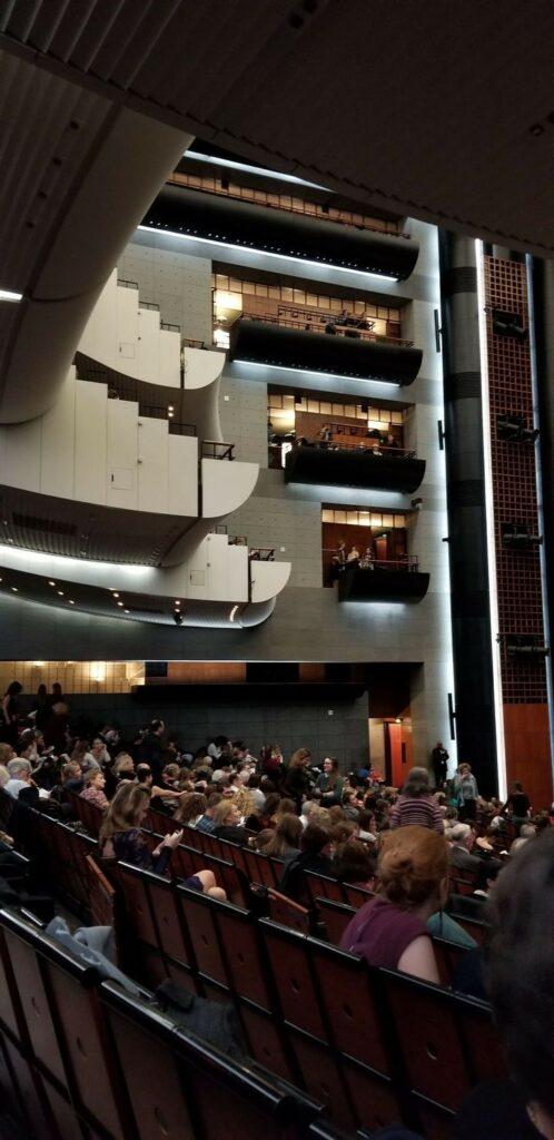 Paris 11th arrondissement | Opera Bastille contemporary ballet travel guide | Girlfriend is Better
